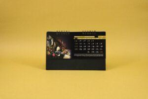 490 300x200 - تقویم رومیزی سلفونی جام پایه مشکی کد :۴۹۰
